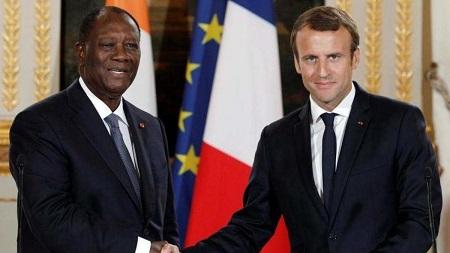 Le Président ivpoirien, Alassane Ouattara et son homologue français, Emmanuel Macron