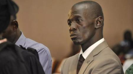 L'ex-chef de la junte de 2012, Amadou Sanogo, au tribunal le 30 novembre 2016. AFP