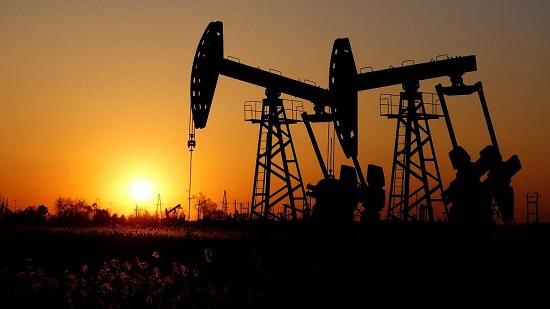 Pour les six prochains mois, l'OPEP et ses alliés devraient baisser leur production d'1, 2 millions de barils par jour.