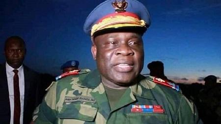 Le général John Numbi alors qu'il était chef de la police de Kinshasa en juin 2011