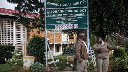 L'Afrique du Sud vide ses prisons de 12% de leurs détenus