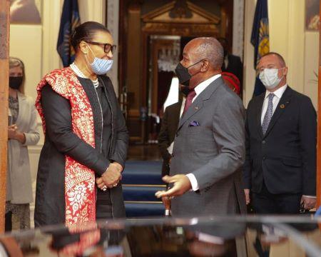 Ali Bongo Ondimba a rencontré la secrétaire générale du Commonwealth, la baronne Patricia Scotland