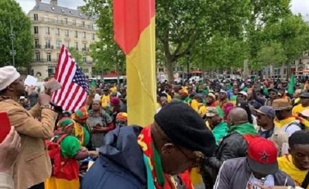 Marche de la diaspora camerounaise à Paris contre le pouvoir de Paul Biya