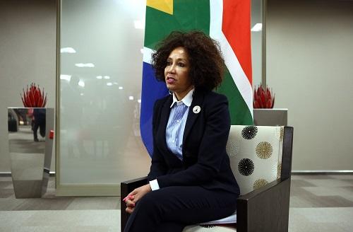 La ministre sud-africaine des Relations internationales et de la Coopération, Lindiwe Sisulu, à Pretoria le 27 août 2018. PHILL MAGAKOE / AFP