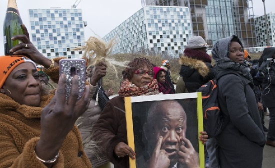 La CPI  a prononcé mardi à La Haye l'acquittement de l'ancien président ivoirien Laurent Gbagbo et Blé Goude inculpés depuis 2011© AFP 2018 Peter Dejong