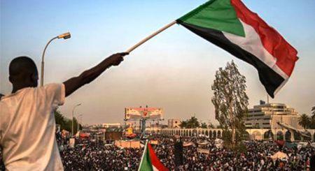 L'Union africaine (UA) a annoncé ce jeudi, la suspension de la République du Soudan de ses instances