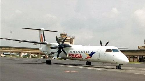Le Bombardier Dash Q 400 de la compagnie Tchadia Airline