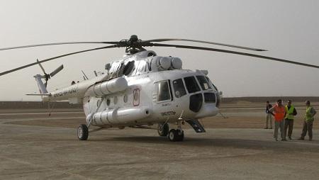 Un hélicoptère de la Minusma sur la piste de Kidal, février 2016. © David Baché/RFI