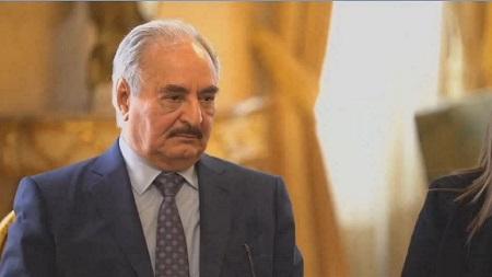 Le maréchal Khalifa Haftar qui mène depuis début avril une offensive pour s'emparer de la capitale libyenne