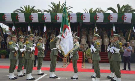 Une cérémonie de sortie de 10 nouvelles promotions d'officiers et de sous officiers pour le compte de l'année 2018-2019. Photo: Archives